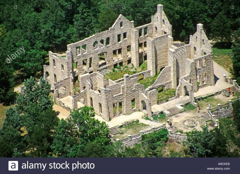 Ha Tonka Castle