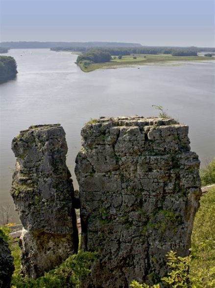 Mississippi Palisade State Park in Illinois 2