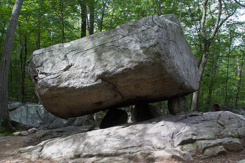 Pyramid Mt. NJ Tripod rock
