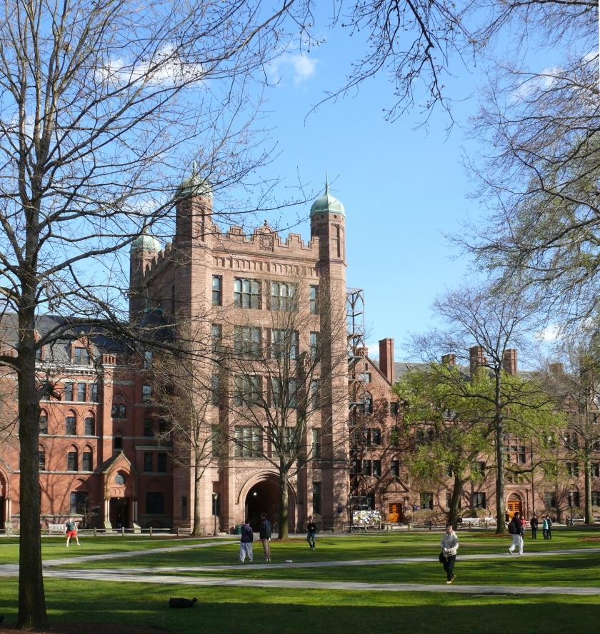 Yale_University_Old_Campus_02