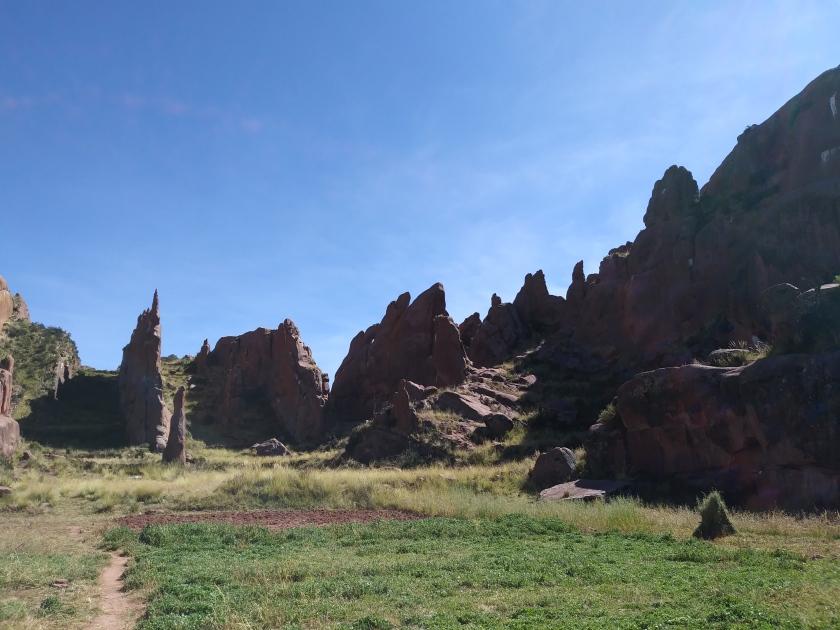 Amaru Muru, Peru