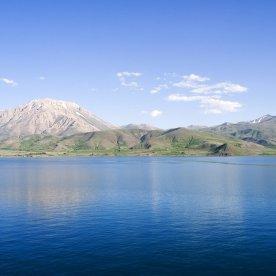 Lake Van 2