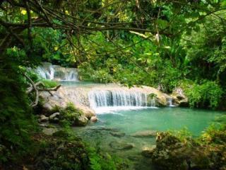 vanuatu-attractions-mele-cascades-1527-thumb
