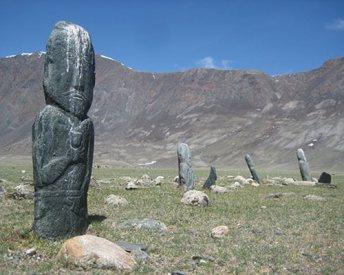 T-Altai-man-stone-mongolia