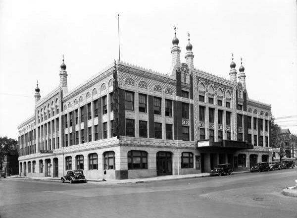 Tulsa - Akdar Theater
