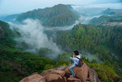 Tebing Keraton also known as the Instagram Hill among netizen in Indonesia. The landscape is so extremely danger and beauty. Pine forest under the cliff across the Juanda Park makes the visitors dare to take selfie at cliff. Tebing Keraton is located at Bandung City, West Java, Indonesia.