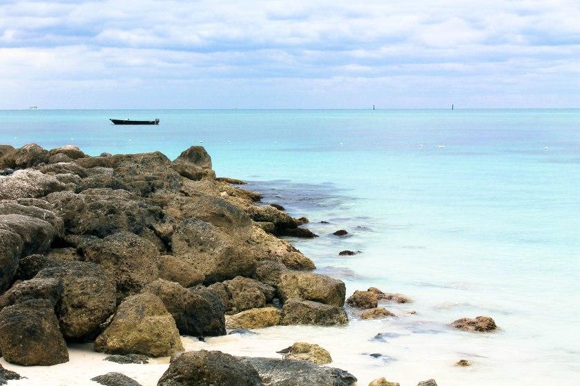 Strand im Lucayan Nationalpark auf der karibischen Insel Grand Bahama Island, Bahamas