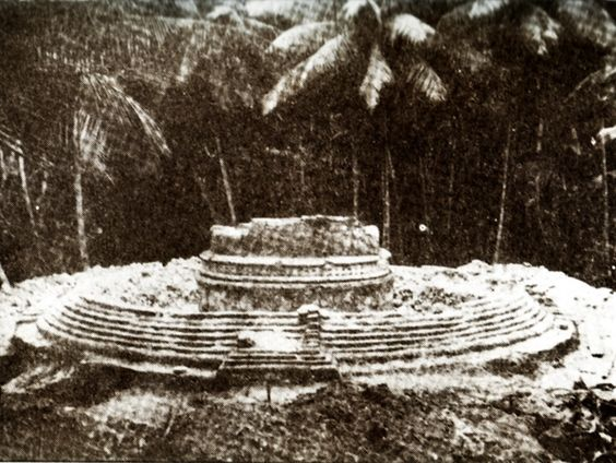 Maldives - historic picture of Stupa