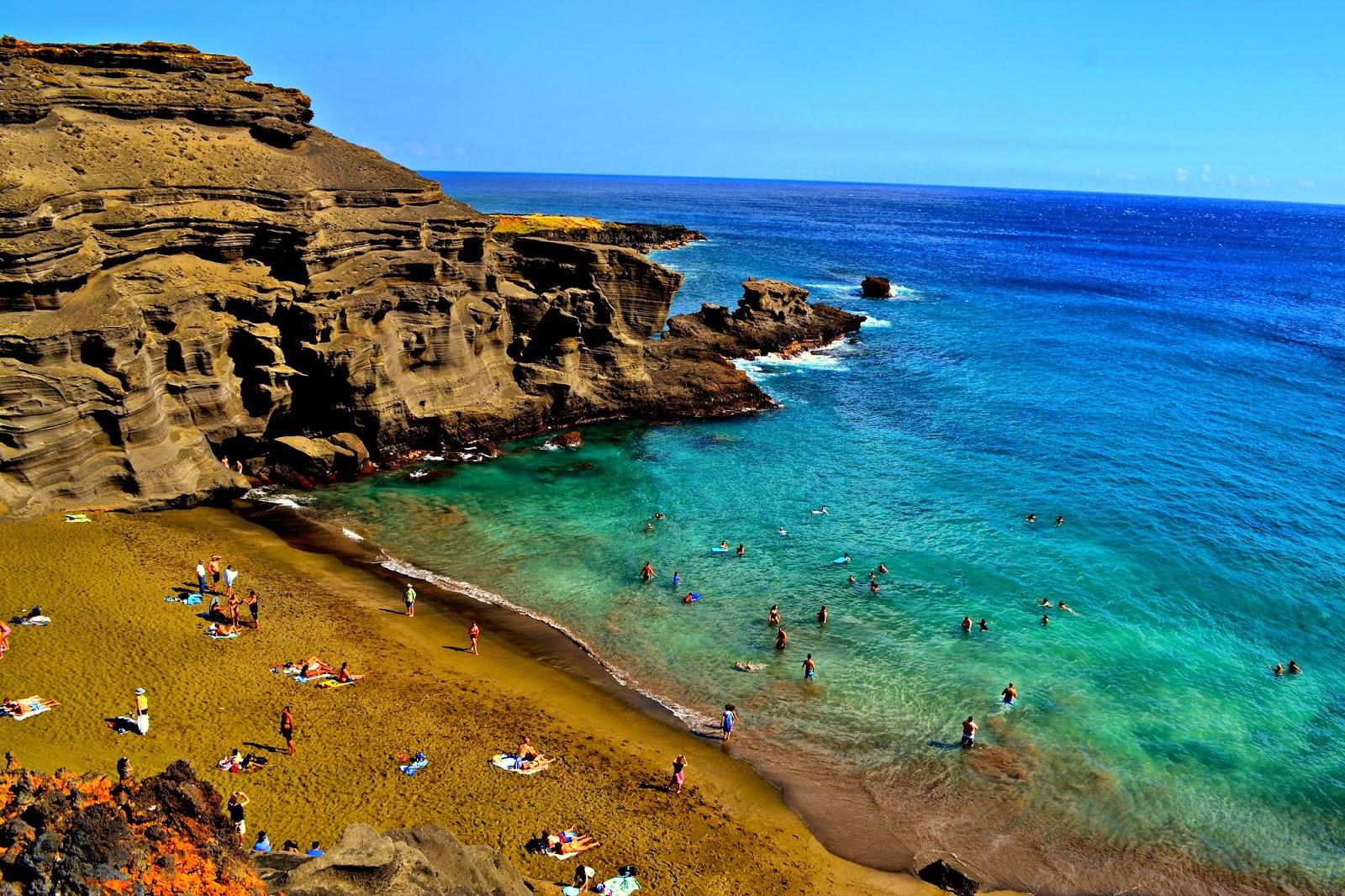 Hawaii - Green Sand Beach