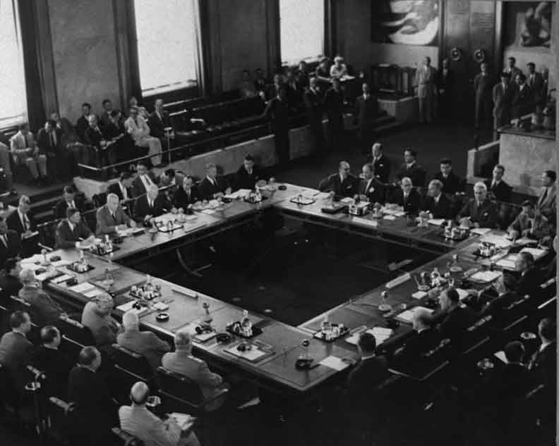 This image has an empty alt attribute; its file name is e5244-1954-geneva-conference-1.jpg